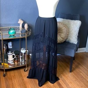 Dresses & Skirts - Express lace maxi skirt NWOT